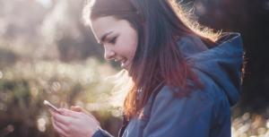 Train students to start gospel conversations online.
