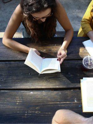 girls-reading-prayer-devotional